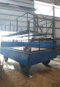 Изготовлено навесное оборудование для монтажа сетки в плодово-ягодных садах